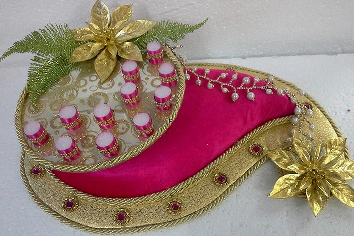 9 diy wedding tray decoration ideas to try out 2 the dual platforms junglespirit Image collections